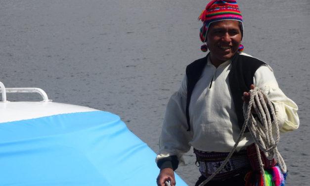 Show und Kommerz auf den Uros-Inseln, wohltuende Entspannung auf Taquile