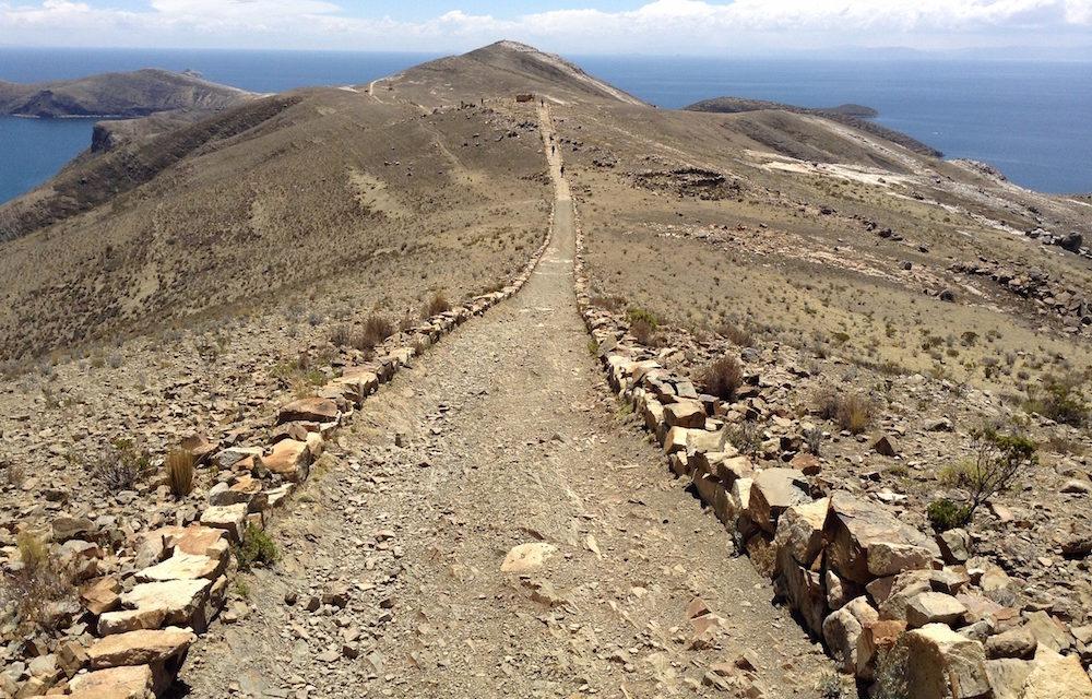 Isla del Sol: Krieg mit Steinen und Dynamit anstatt irdisches Paradies