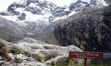Magaslati túrák a Kordillerákon: Laguna Churup és Churupita