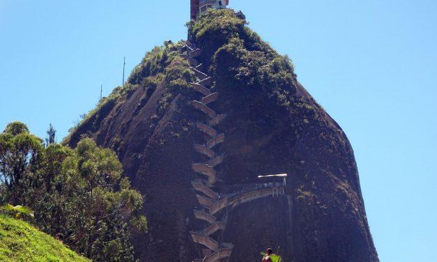 Guatapé és a Peñol-szikla (képes blog)