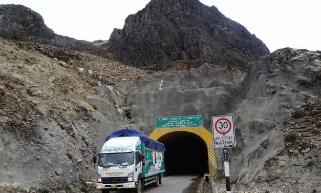 Magaslati túrák a Kordillerákon: a világ legmagasabban fekvő közúti alagútja (képes blog)