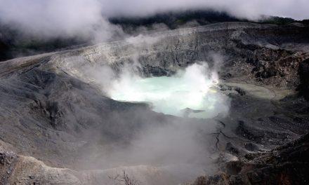 San José és környéke: a Poás-vulkán és a Mirador Cinchona