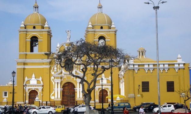 Die spektakulären Lehmstädte und Pyramiden um Trujillo