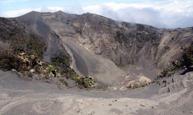 San José und seine Umgebung: der Vulkan Irazú und das Nationalmonument Guayabo